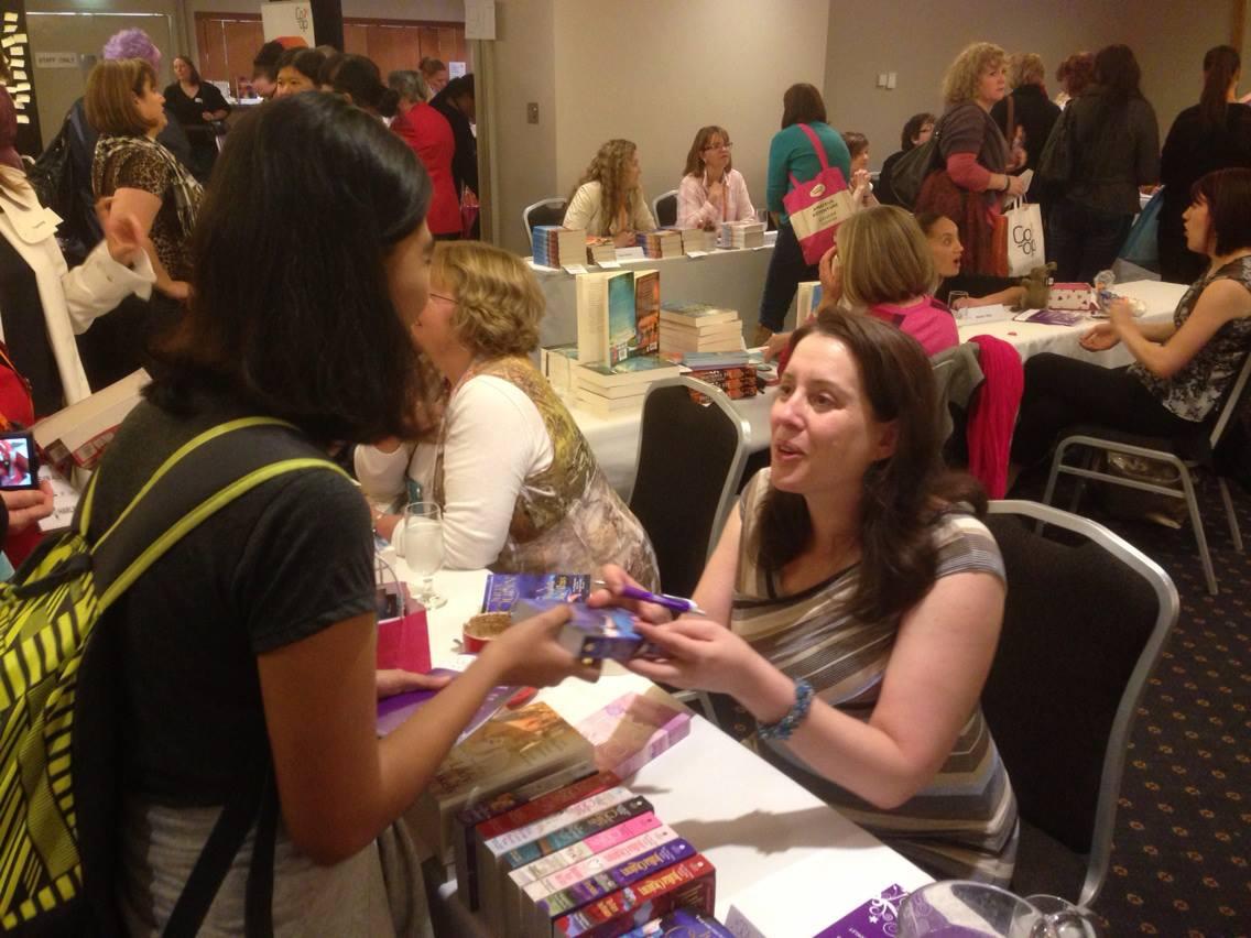 Julia Quinn at the book signing