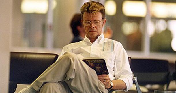 bowie-reading-about-franc-008 (1)