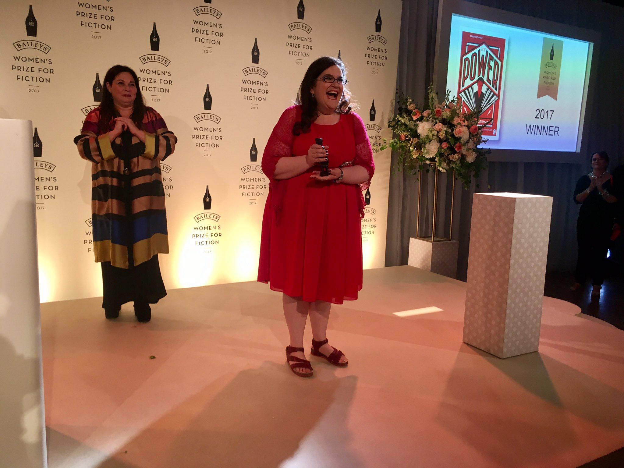 Naomi accepting her award