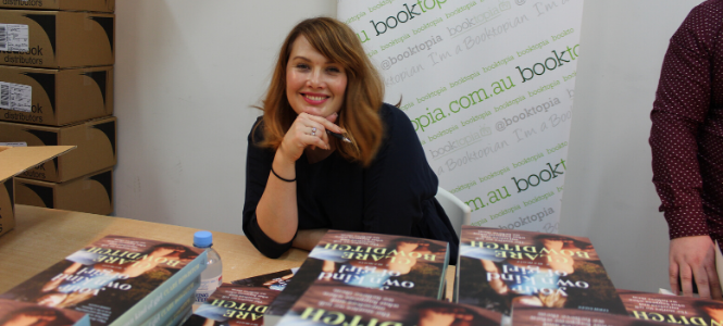 Clare Bowditch - In Post Banner